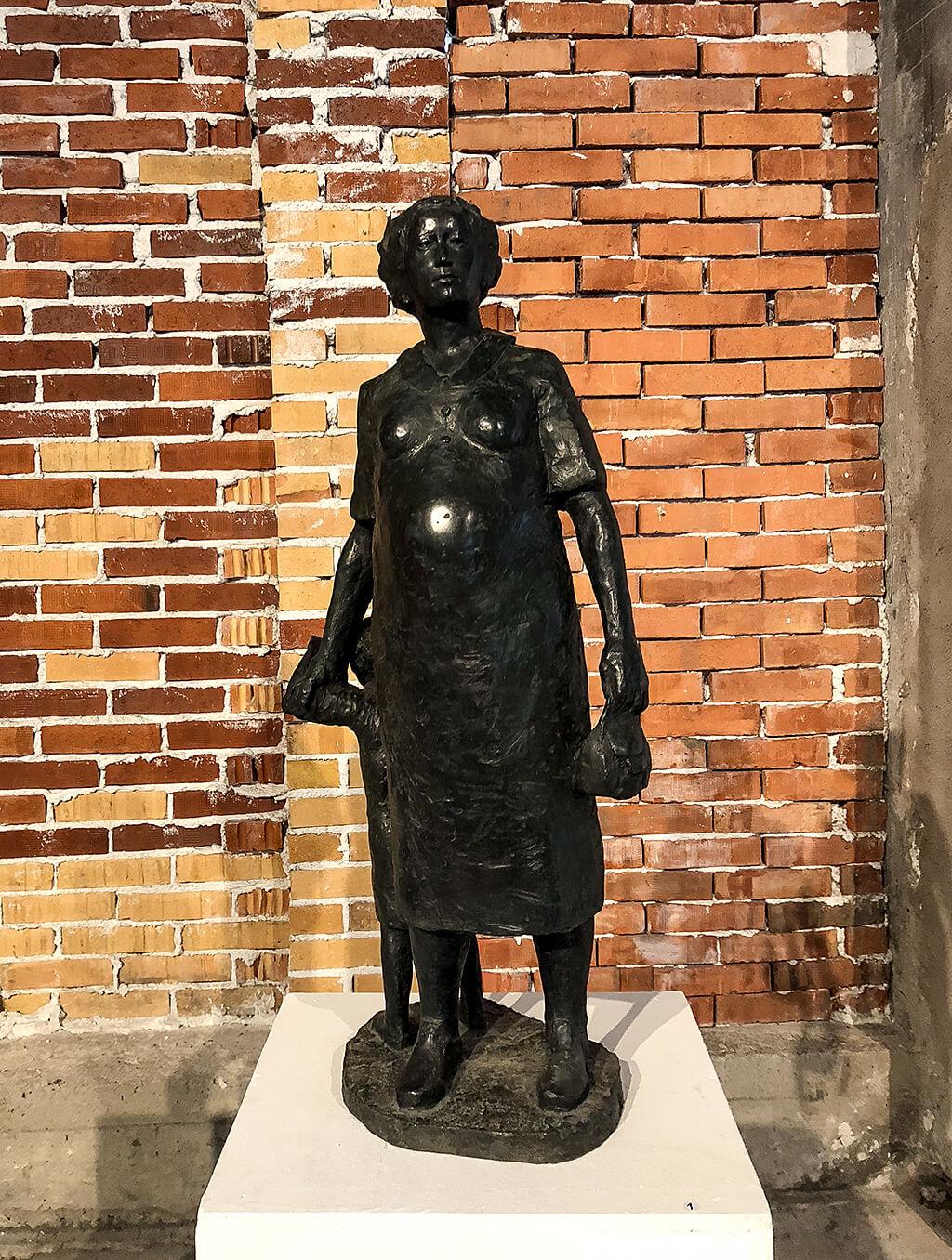 Sam Westerholm, skulptur i brons